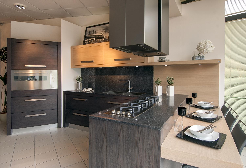Cucina techna design moderno cucina in legno listellare for La cucina moderna wikipedia